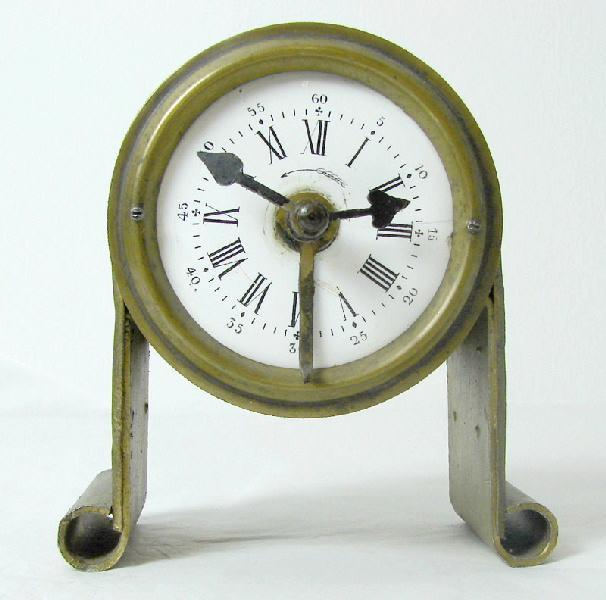 BAYARD, VILLON Albert (atelier), VILLON Albert (horloger) : réveil (à mouvement mécanique)