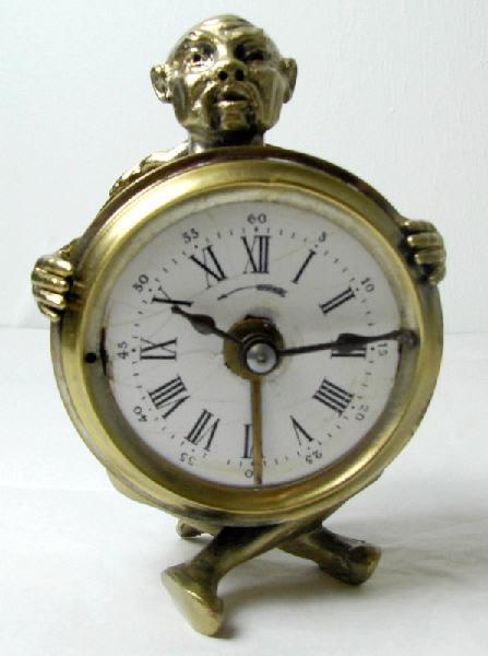 BAYARD, VILLON-DESSIAUX (horloger), VILLON-DESSIAUX (atelier) : réveil (à mouvement mécanique)