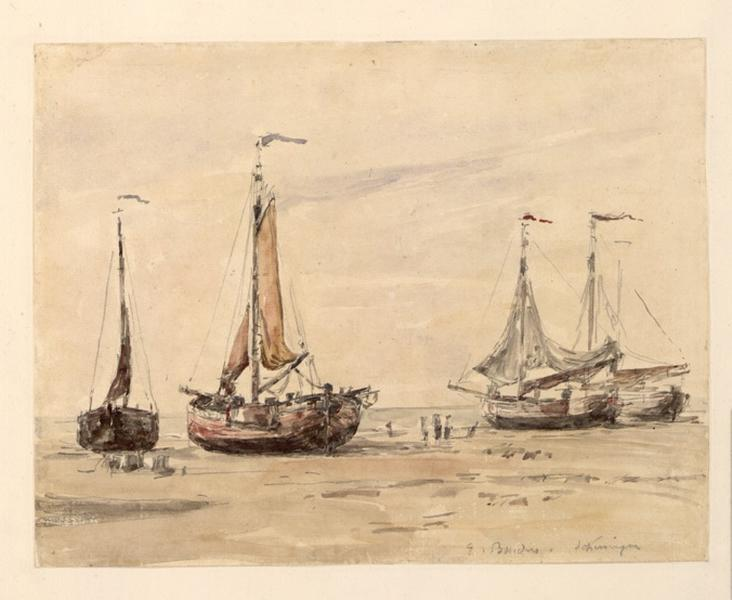 La plage de Scheveningue avec quatre bateaux de pêche
