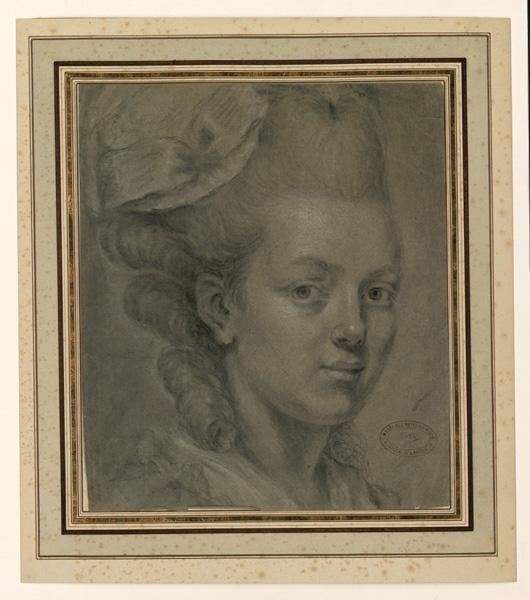 Portrait de jeune femme ; Tête de jeune femme de trois-quarts à droite_0