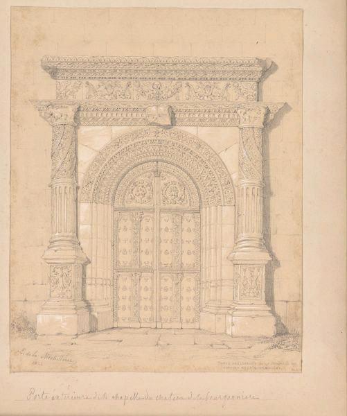 Porte de la chapelle du château de la Bourgonnière_0