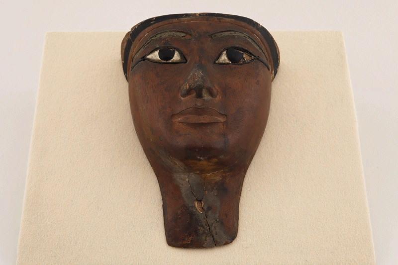Masque funéraire, cercueil, momie_0