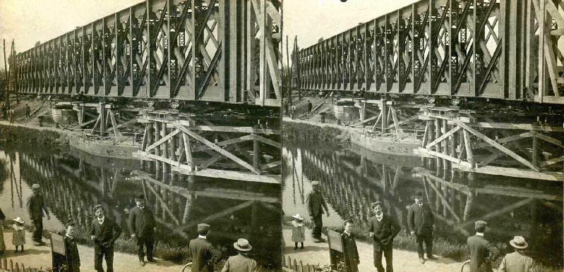 SOUILLARD Edouard (photographe) : Installation du pont de chemin de fer avant guerre