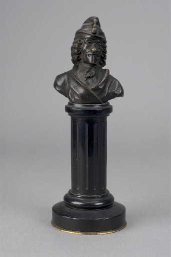 Buste de Voltaire_0