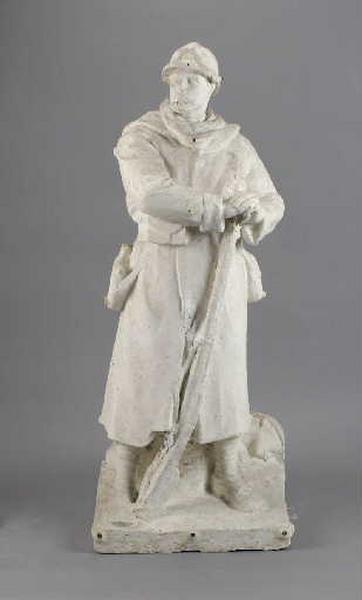 Modèle pour le Monument aux morts de Druillat (poilu appuyé sur son fusil)_0