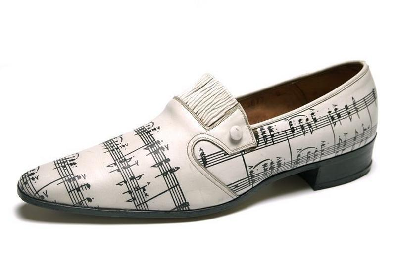 SELECT (exécutant) : loafer, chaussure d'homme