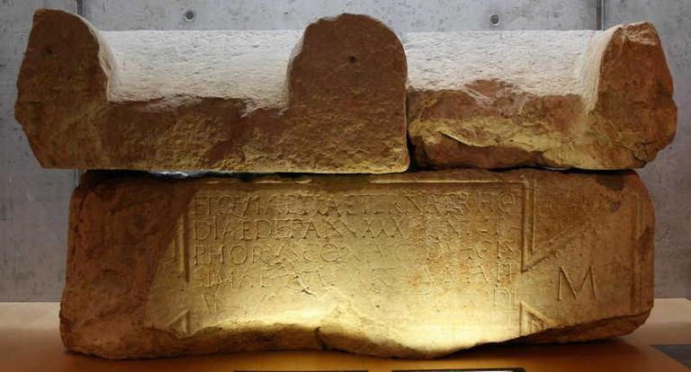 sarcophage de rhodia