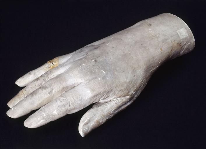 Moulage de la main de Balzac_0