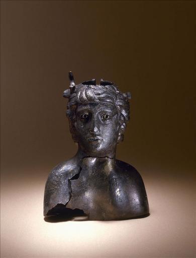 Vase anthropomorphe dit Buste de jeune homme_0
