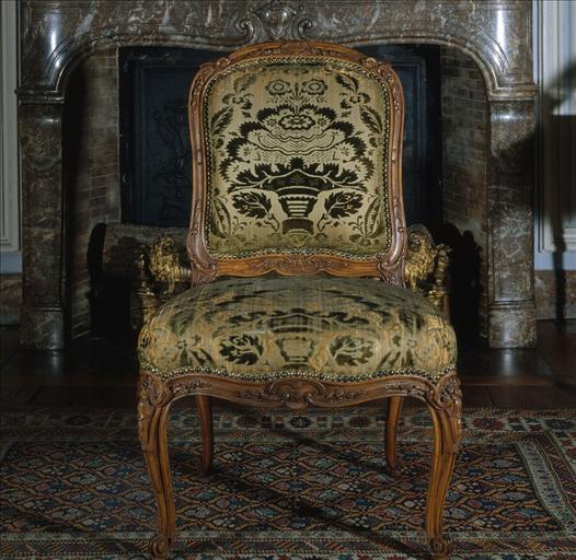 Chaise à la reine_0