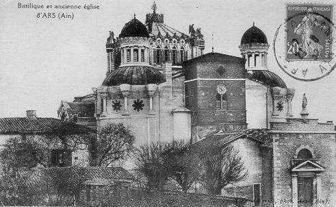 Basilique et ancienne église / d'ARS (Ain)_0