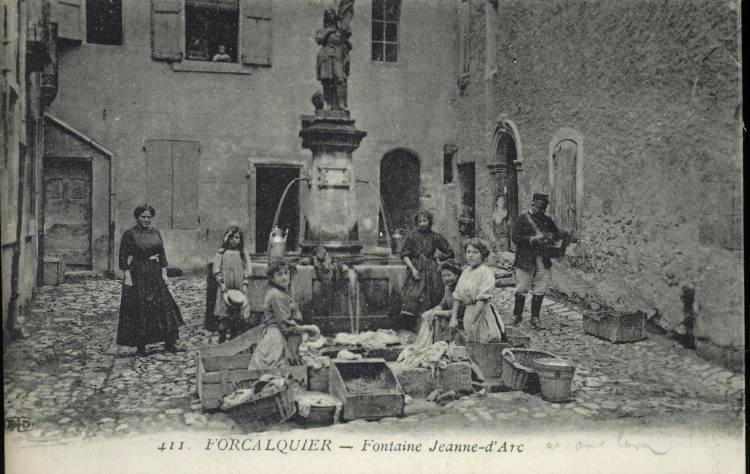 411. FORCALQUIER - Fontaine Jeanne-d'Arc_0