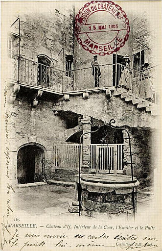 165 / MARSEILLE. - Château d'If. / Intérieur, l'Escalier et le Puits_0