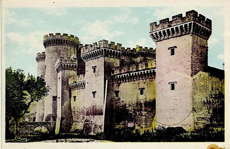 TARASCON-sur-RHONE (B.-du-Rh.) / Château dit du Roi René_0