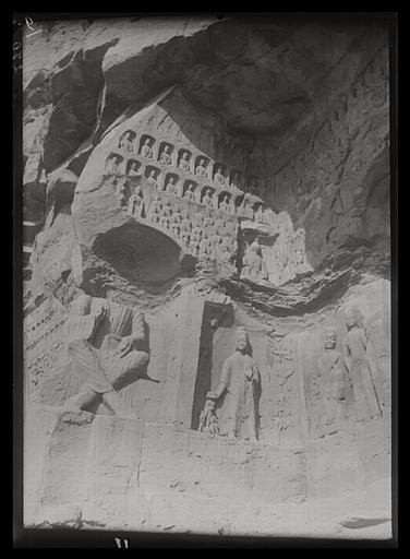 ZHOU : [Shanxi]. Yun-kang [Yungang], grotte E, paroi occidentale