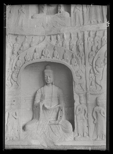 [Shanxi]. Yun-kang [Yungang], grotte C, paroi occidentale, niche du bas_0