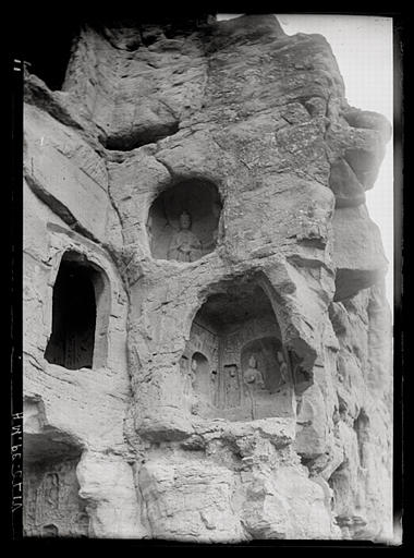 ZHOU : Shanxi. Yungang ?, grottes rupestres