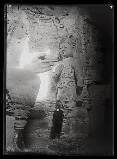 [Shanxi]. Yun-kang [Yungang], grotte à l'est du temple_0
