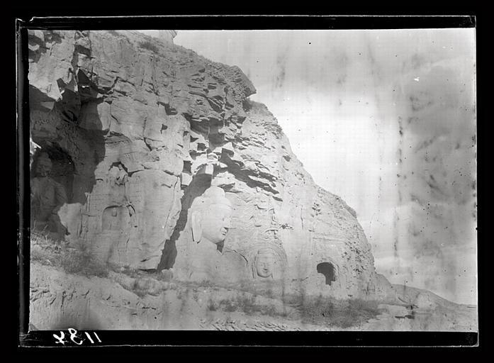 CHAVANNES Edouard : [Shanxi]. Sculptures dans le roc à Yun-kang [Yungang]