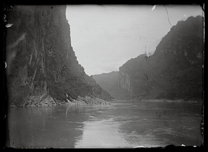 anonyme (photographe) : Chongqing. Yangzi, gorges de Wushan