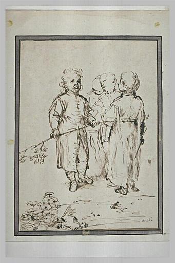 Quatre enfants debout