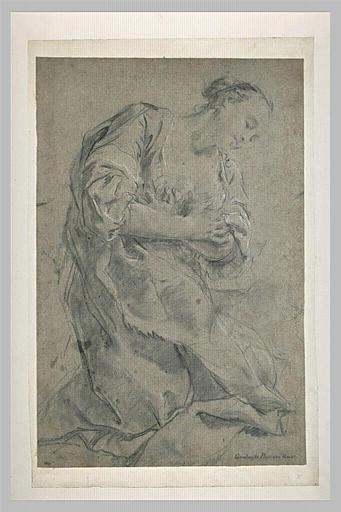 Femme drapée à genoux, priant