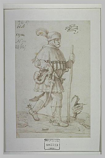Un chasseur allemand, marchant vers la droite