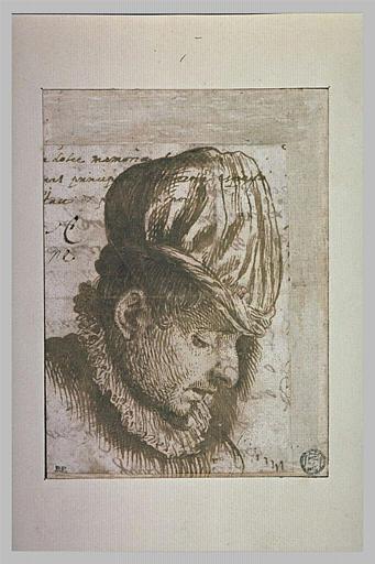 Tête d'homme coiffé d'un bonnet, de profil, la tête penchée en avant