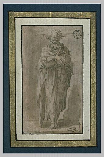 Un apôtre debout, de face, les bras croisés sur la poitrine
