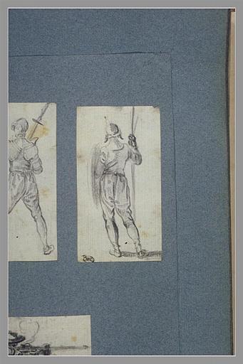 CALLOT Jacques : Un soldat debout, vu de dos