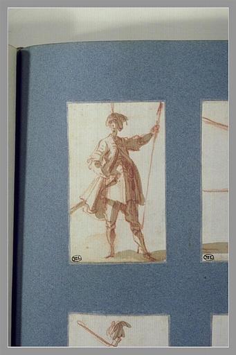 CALLOT Jacques : Un soldat turc, debout, tenant une lance