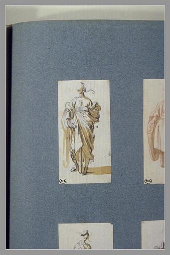 CALLOT Jacques : Une figure, debout, la main gauche sur la poitrine