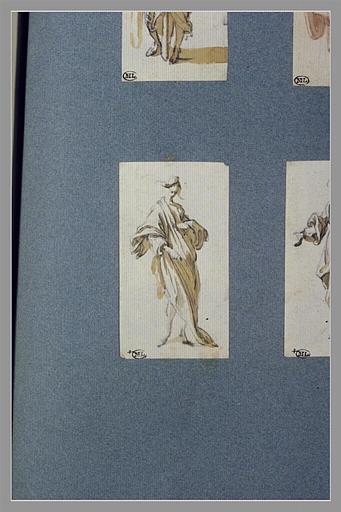 Une figure, debout, tournée vers la droite