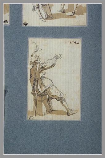 CALLOT Jacques : Un soldat assis, levant le bras droit