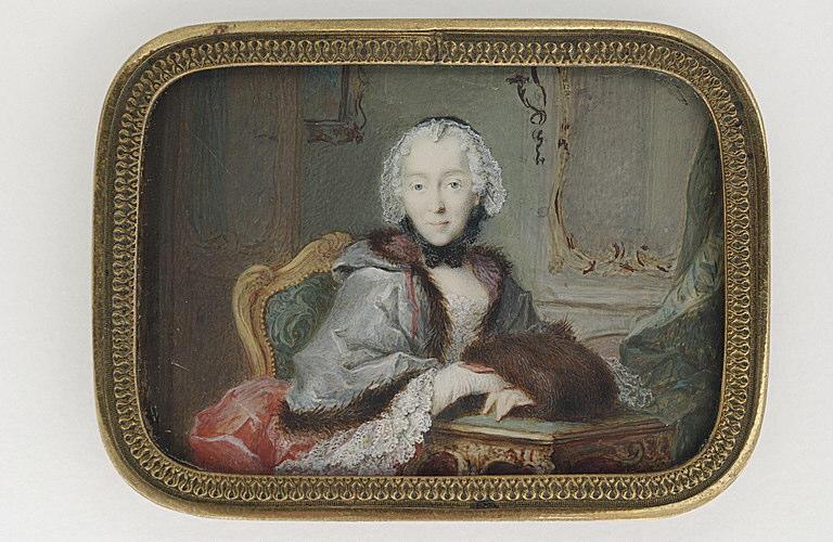 MUSSARD Robert : Portrait de femme assise, dans un appartement