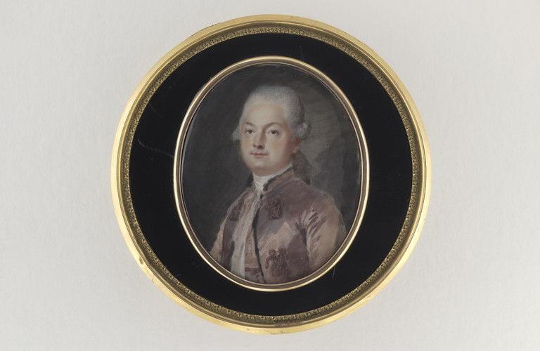 Portrait d'homme en habit vieux rose