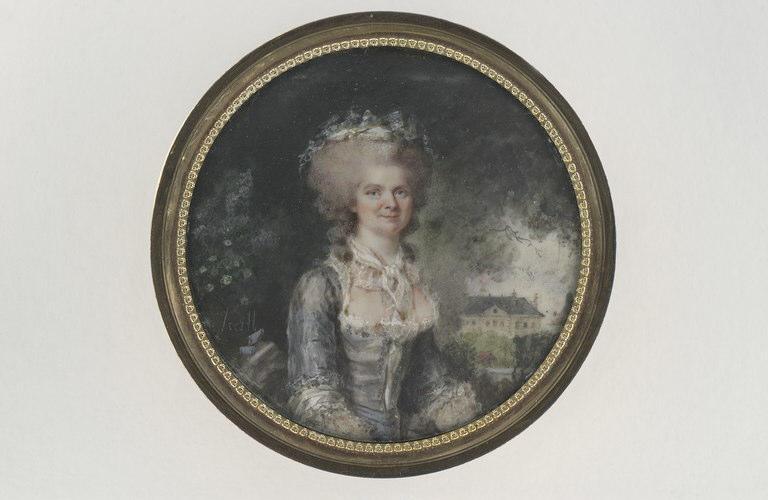 HALL Per Adolf : Portrait de femme dans le parc d'un château