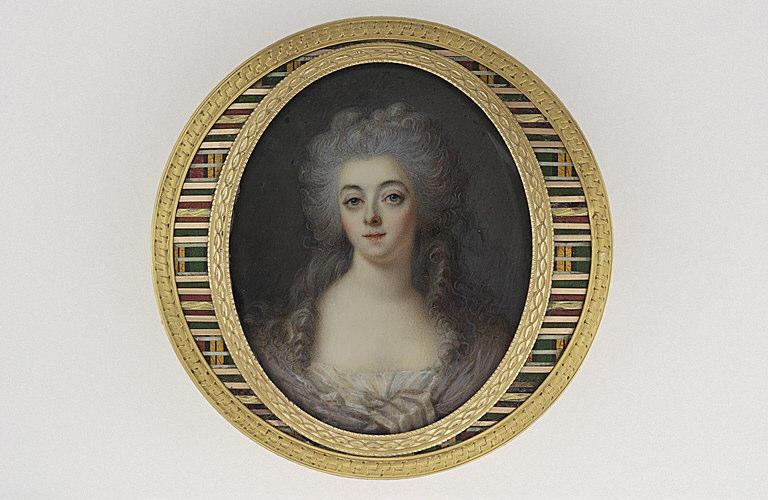 HEINSIUS Johann Ernst (attribué à) : Jeune femme en corsage et écharpe mauve