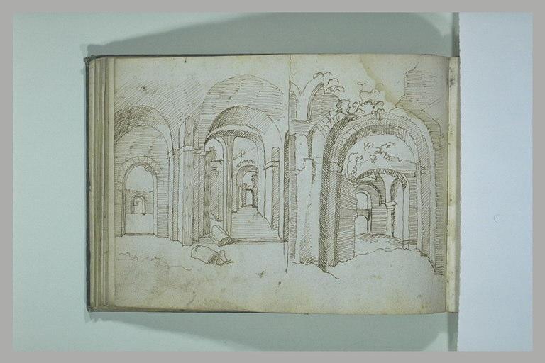 BRIL école des : Intérieur d'une salle voûtée, partiellement en ruines