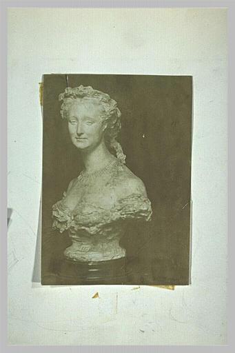 Photographie du buste de l'impératrice Eugénie_0