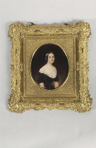 Portrait de dame en noir