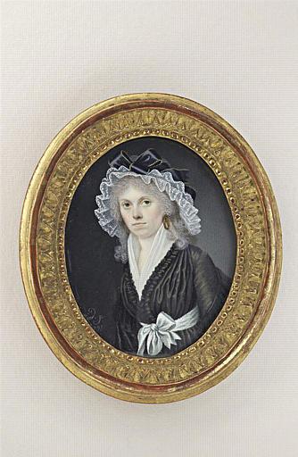 Portrait de femme, à coiffe de dentelle blanche et robe noire_0
