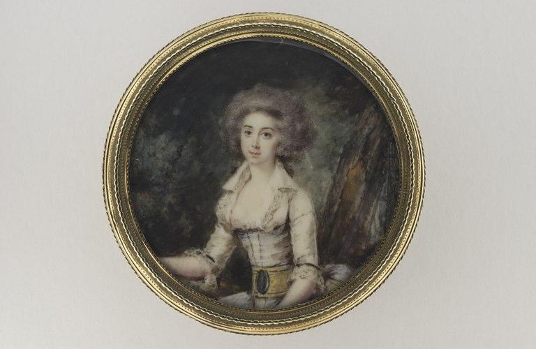 HALL Per Adolf : Portrait de jeune femme portant une robe blanche