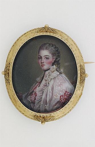 PERIER : Portrait de jeune femme, à coiffure Pompadour