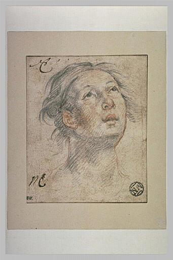 Tête de femme, vue de face, les yeux levés au ciel