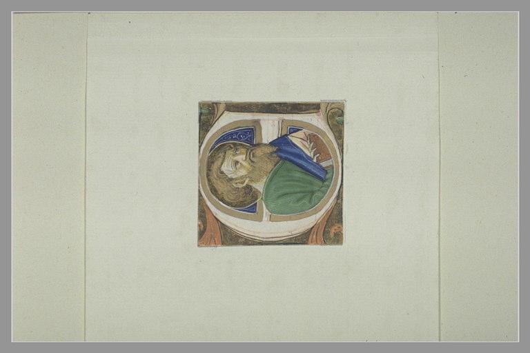 Lettre majuscule E avec une figure de saint