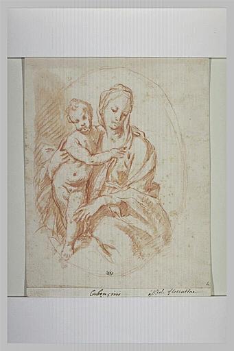 La Vierge assise et l'Enfant Jésus debout sur ses genoux
