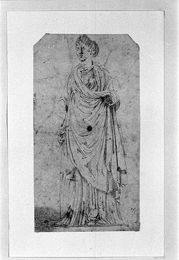 Statue de vestale