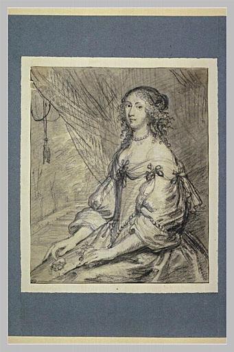 Portrait d'une jeune femme assise_0