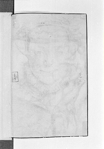 Portrait de femme, de face, portant une coiffe blanche